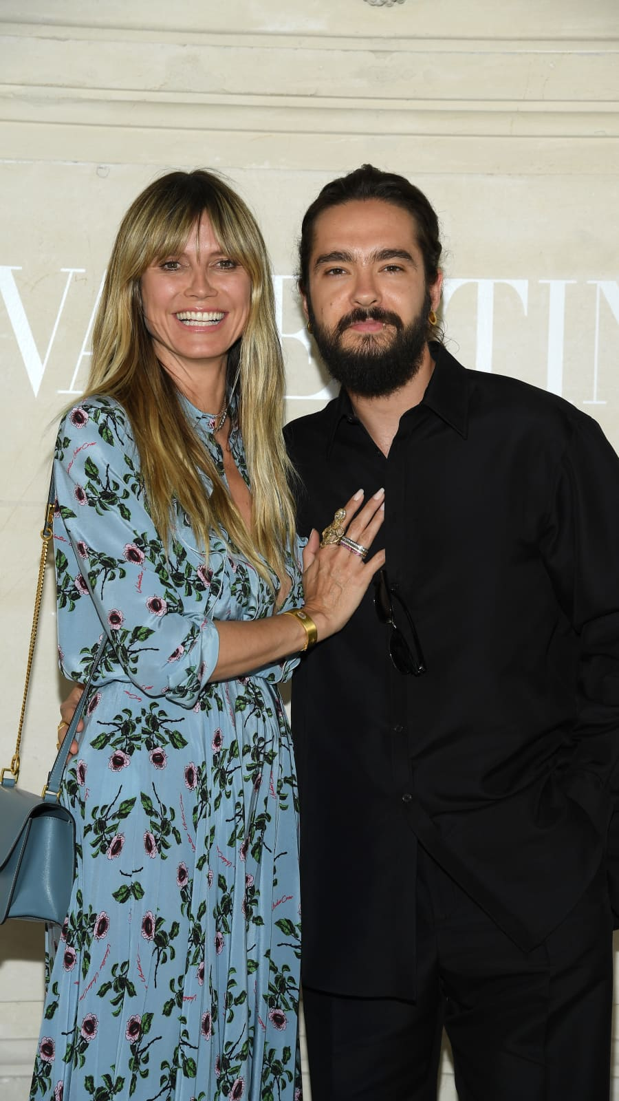 Heidi Klum Poses Topless And Shows Off Wedding Band After