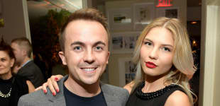 Frankie Muniz and Wife Paige Price Expecting child baby 2020