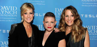 """The Dixie Chicks Are Back After 14 Years - The Country Trio Teases New Single """"Gaslighter""""!"""