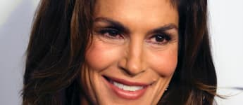 Cindy Crawford Shared Intimate Photos Of Home Births, And Reaches Out To Pregnant Women Amid Coronavirus