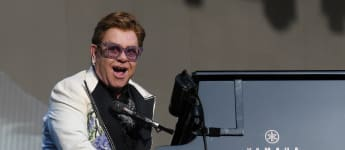 Rocketman Oscar Winner Elton John Forced To End Concert In New Zealand Due To Pneumonia