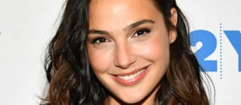 "Gal Gadot Sings John Lennon's ""Imagine"" With Other Stars In Instagram Video - Watch Here"