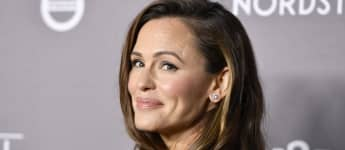 """Jennifer Garner Jokes She's """"Not Very Proud"""" Of The Latest Thing That Bonds Her And Her Daughter"""