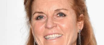 "Sarah Ferguson Says She's ""So Proud"" Of Her Family In Rare New Photo With Prince Andrew, Eugenie & Beatrice"