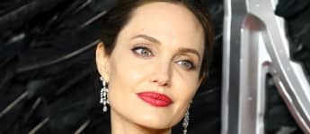 """Angelina Jolie Says She's """"In Awe Of"""" Daughter Zahara's Connection To Her African Roots"""