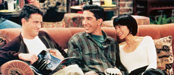 "'Friends': This Is ""Ross'"" Ex-Girlfriend ""Julie"" Today"