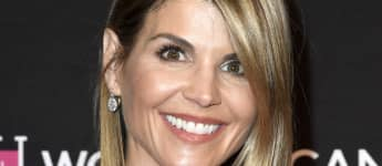 'Fuller House' Addresses Lori Loughlin's Character's Whereabouts In Emotional Final Episodes