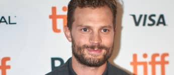 "Jamie Dornan Reveals Drag Alter-Ego ""Jenny"" After He Gets Makeover From Daughters"