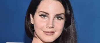 "Lana Del Rey Clarifies Viral Rant Wasn't About Race: ""I'm Talking About My Favorite Singers"""