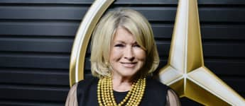 "Martha Stewart Opens Up About Her ""Thirst Trap"" Pool Selfie: ""I Don't Even Know What That Is"""