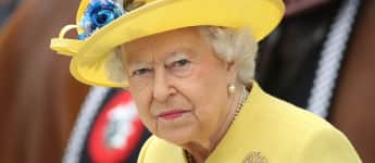 "Queen Elizabeth's coronavirus speech will be ""deeply personal"" on Sunday night."