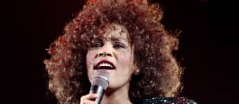 Whitney Houston's Estate Gives Blessing To New Biopic