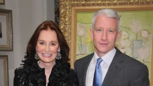 Anderson Cooper Pays Tribute To Late Mother Gloria Vanderbilt On 1-Year Anniversary Of Her Death