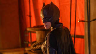"'Batwoman' Reveals Plans For New Lead Character After Ruby Rose's Exit As ""Kate Kane"""