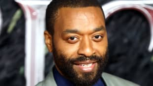 "Chiwetel Ejiofor Talks New Netflix Movie And The ""Exquisite Poetry"" Of Charlize Theron's Stunts"