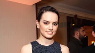 Daisy Ridley Reads 'Star Wars' Children's Book To Thank COVID-19 Workers - Watch It Here