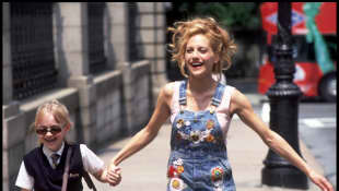 "Dakota Fanning Reveals Brittany Murphy ""Made Everyday Special"" Filming 'Uptown Girls'"