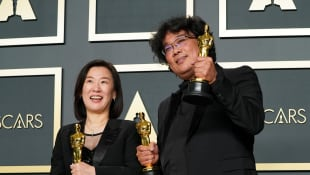 US President Donald Trump Slams Bong Joon-ho 'Parasite' and Brad Pitt Over Oscar Wins - This Is How The Studio Responds!