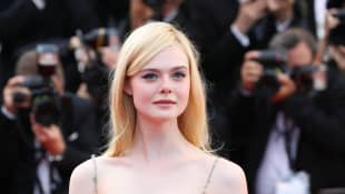 """Elle Fanning Appears On 'Vanity Fair's' Cover Story, Urges Fans To Not Make Black Lives Matter A """"Trend"""""""