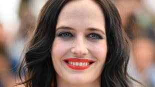 Eva Green Shares Thoughts On Aging In Hollywood, Her Hate For Heels, And Dreams Of Owning A Farm