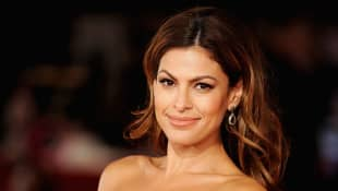 """Eva Mendes Responds To Backlash After Praising Only """"Tired Mamas"""" in Parenting Post"""