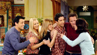 'Friends' Cast Reunion On HBO Max Likely To Happen This Summer After COVID-19 Delay