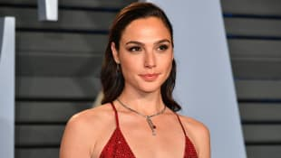"Gal Gadot Reflects On Her Controversial 'Imagine' Video: ""I Had Nothing But Good Intentions"""