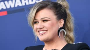 "Kelly Clarkson Is Opening Up About Her Divorce, Says ""It Is The Worst"" And That It's ""Horribly Sad"""