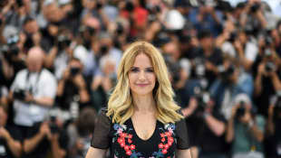 Kelly Preston poses on May 15, 2018