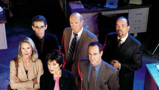 The cast of Law & Order: SVU in season 2 (2000).