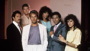 Don Johnson, Michael Talbott,  Edward James Olmos, Olivia Brown, Philip Michael Thomas and Saundra Santiago from 'Miami Vice'