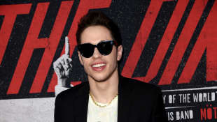 """Pete Davidson Says Biopic 'King Of Staten Island' Was A Way For Him To """"Move On"""" And """"Stop Feeling Sorry"""" For Himself"""
