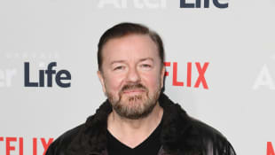 "Ricky Gervais Slams Stars ""Complaining About Being In A Mansion"" During COVID-19 Quarantine"