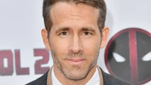 Ryan Reynolds Shares Funny Social Distancing Message About Doctors And Celebrities - Watch Here