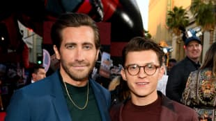 Tom Holland, Jake Gyllenhaal & Ryan Reynolds Try Viral Social Media Handstand T-Shirt Challenge - See The Results