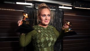 "'Adele ""Almost Unrecognizable"" At Oscars Afterparty - See Her New Look!"