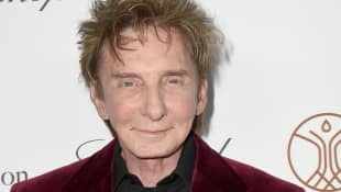 'Barry Manilow Is Back New Album Night Songs II Will Be Released Next Month