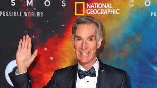 "Bill Nye Shares How Wearing A Face Mask Can Help Stop Coronavirus: ""This Is Literally A Matter Of Life Or Death"""