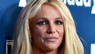 Britney Spears Seeks Autonomy With Mom's Help, Source Says