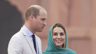 Prince William and Duchess Catherine visit Lahore Mosque on October 17, 2019 in Lahore, Pakistan.