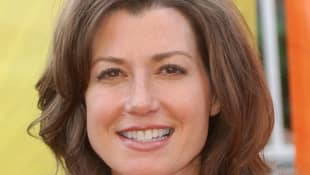 Country Star Amy Grant Recovering From Open Heart Surgery.