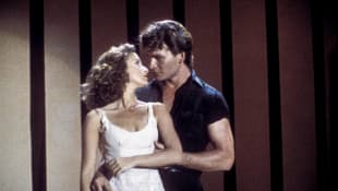 Jennifer Grey and Patrick Swayze in a scene from 'Dirty Dancing' (1987).