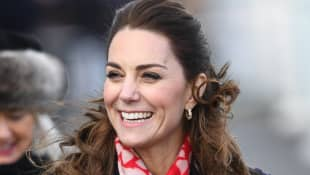 "Duchess Catherine best reaction to little girl excited to meet a ""real princess"""