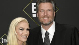Gwen Stefani Attempts To Give Blake Shelton A Quarantine Haircut - Watch Here!