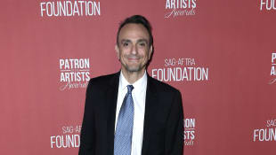 "Hank Azaria Will No Longer Voice ""Apu"" On 'The Simpsons'"