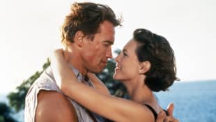 Jamie Lee Curits and Arnold Schwarzenegger in True Lies