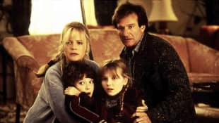 Jumanji Cast 1995 Bonnie Hunt Bradley Pierce Kirsten Dunst Robin Williams