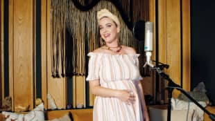 "Katy Perry ""Is Still Decorating The Nursery"" As She And Orlando Bloom Count Down To Baby"