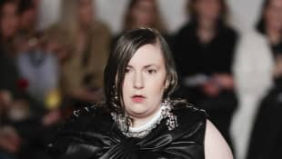 London Fashion Week: Lena Dunham Makes Runway Debut - See The Pictures Here!
