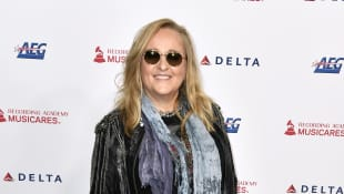 "Melissa Etheridge Says Music Helped Her Through Death Of Son: ""You Get To The Healing"""